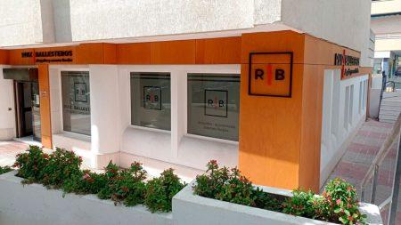 fachada-despacho-ruiz-ballesteros